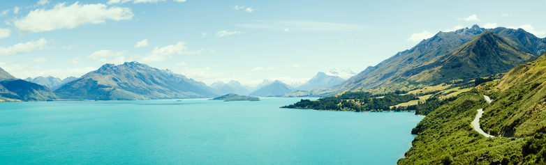 A bright blue Lake Wakatipu on the road of Glenorchy.